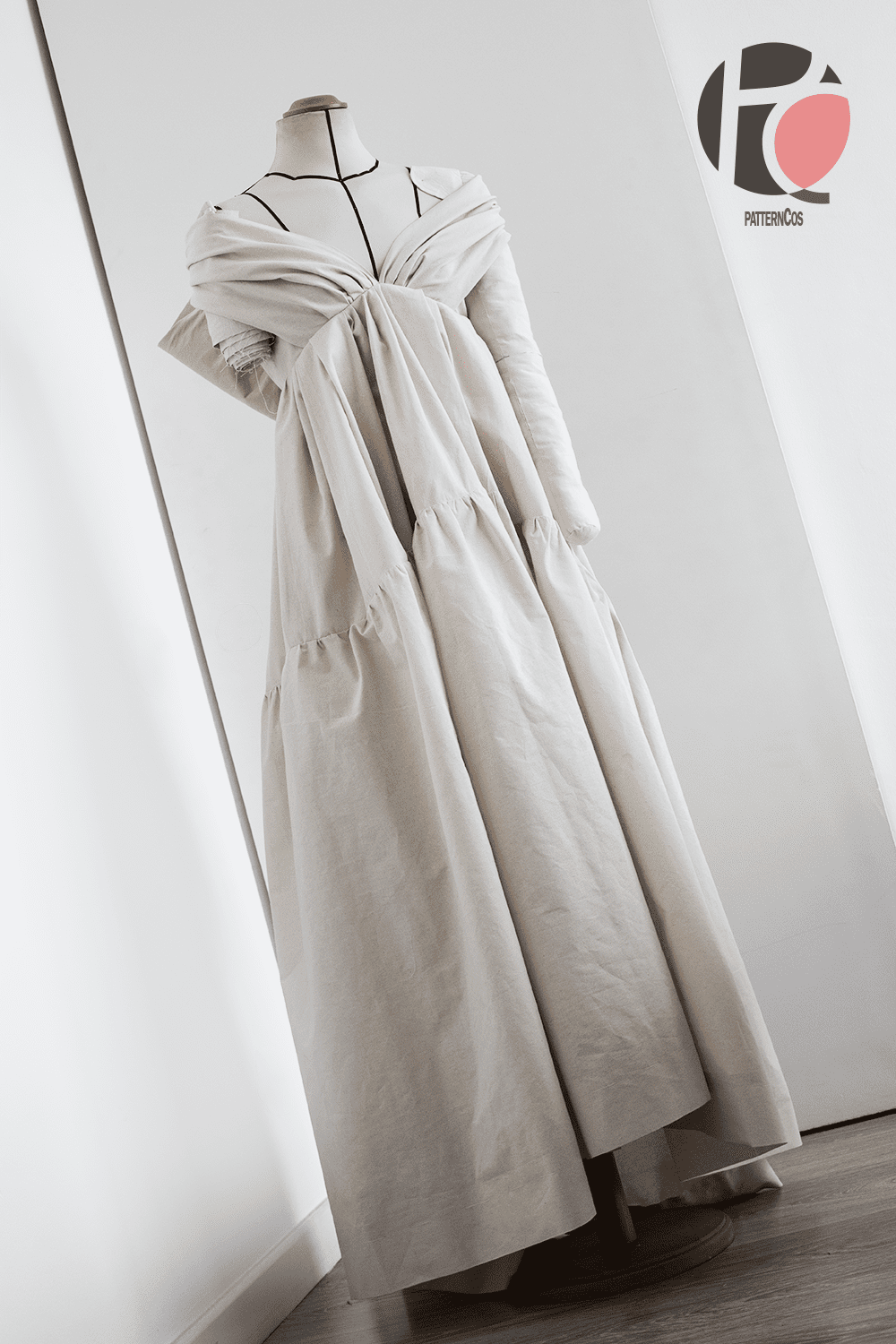 Marc_Jacobs_dress_inspired_photo_1_PatternCos_Academia
